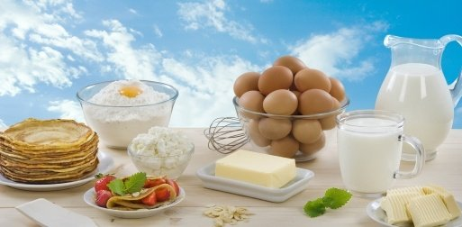 Dairy products and ingredients to make pancakes
